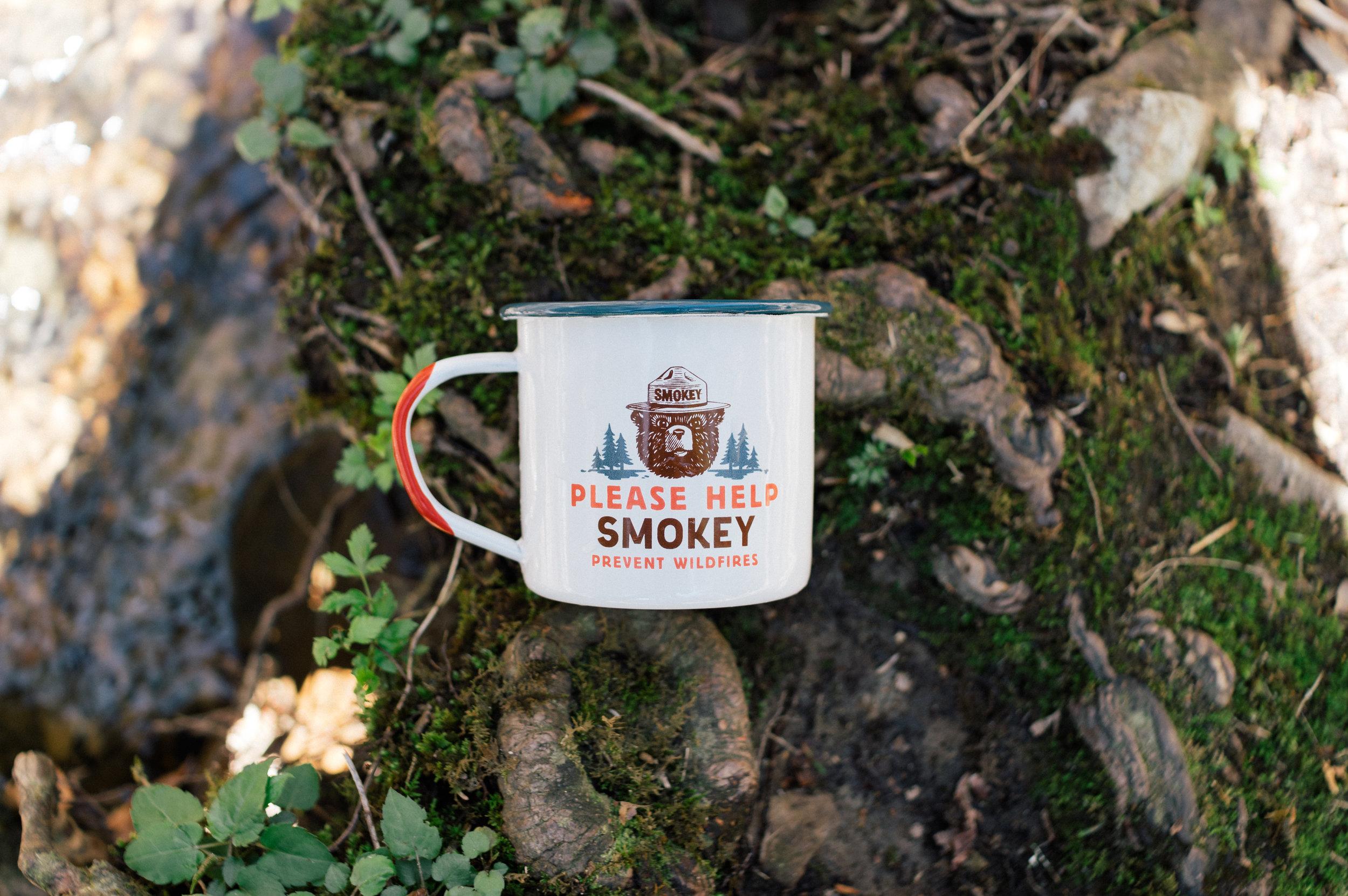 smoky-enamelmug-11.jpg