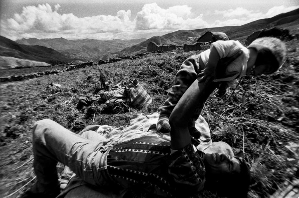 """""""Bajo la sombra"""" / Marco Garro / Supay Fotos"""