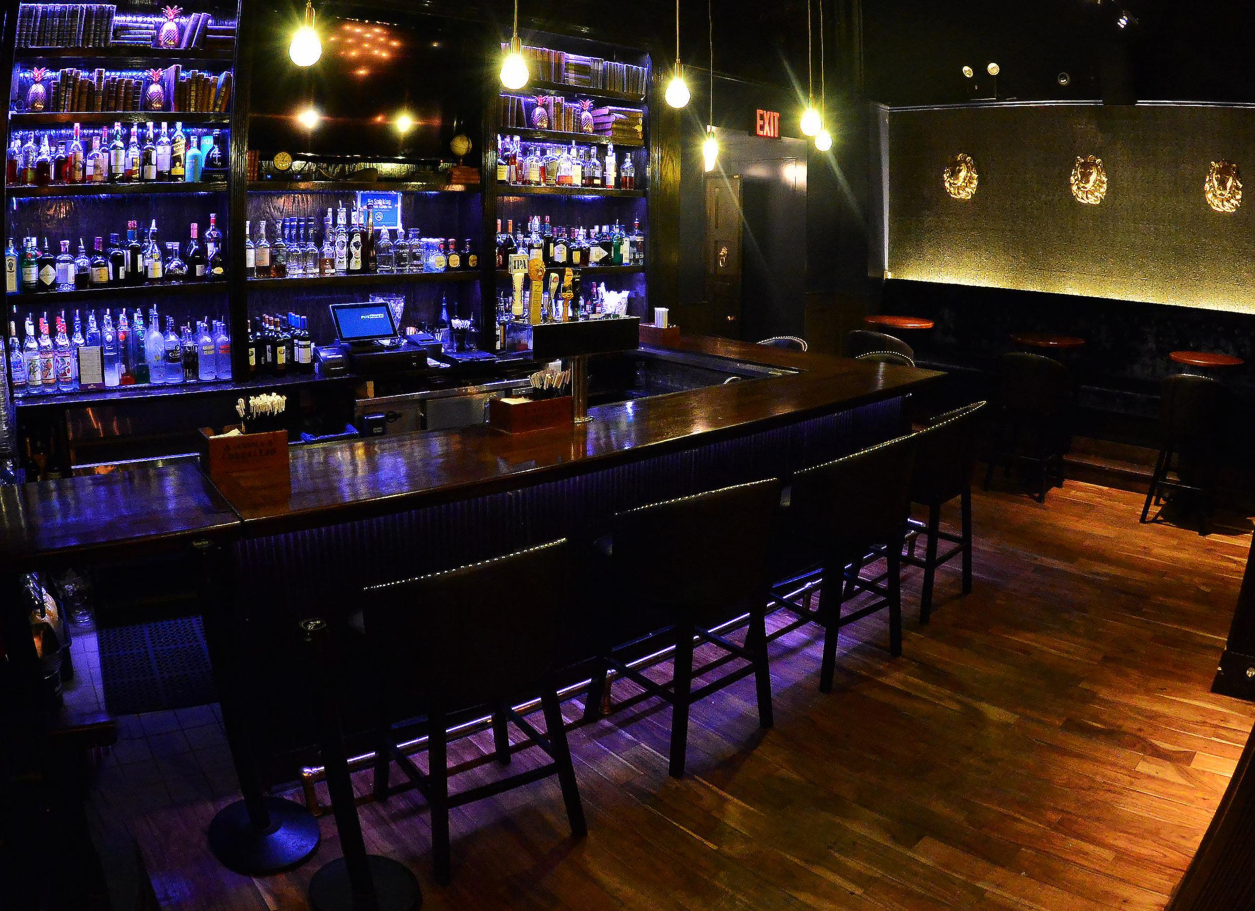 Noble Bar.jpg
