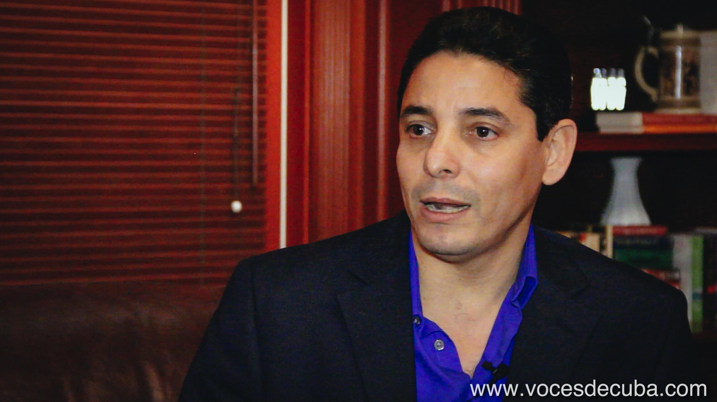 """Rodaje de """"Voces de Cuba"""" con Normando Hernández"""