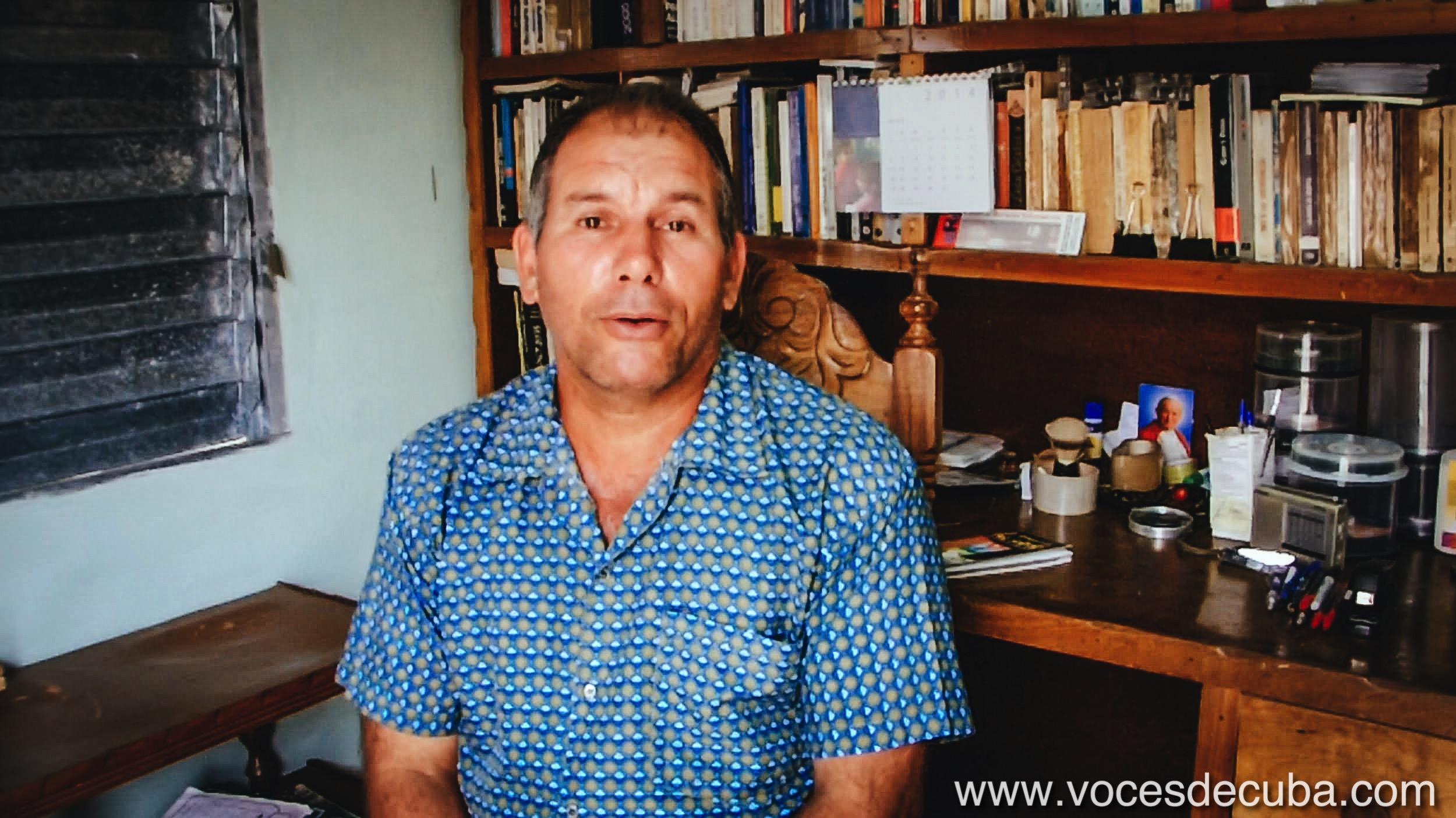"Rodaje de ""Voces de Cuba"" con Diosdado González"