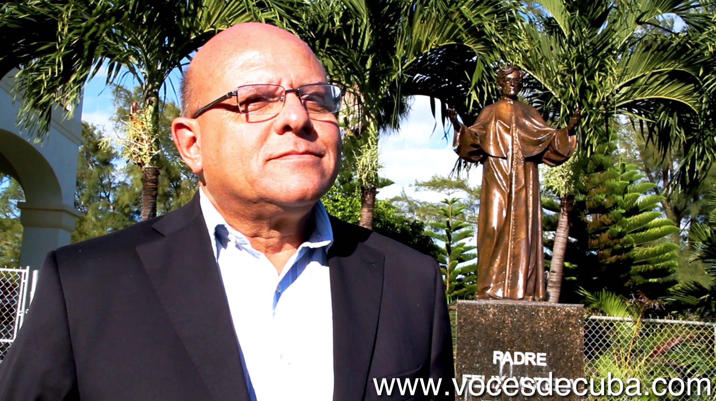 """Dagoberto Valdés durante el rodaje de """"Voces de Cuba"""""""