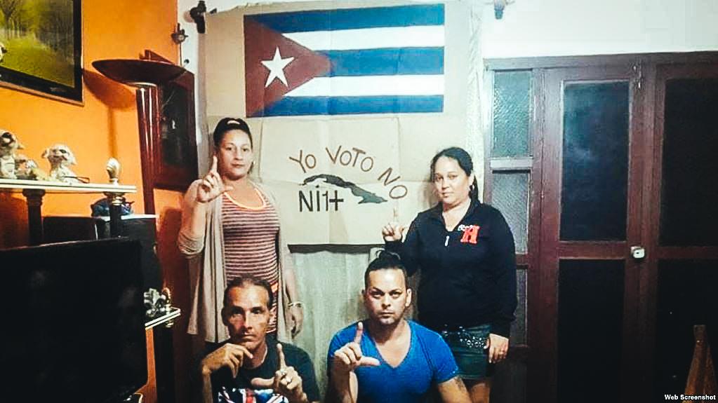 En Cienfuegos se sumaron a la huelga de hambre: Raúl González, Yaneisy Miranda, Yubisley Roque y Dannery Gómez.