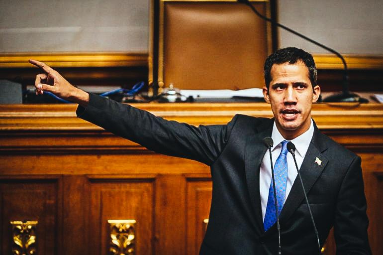 El presidente encargado de Venezuela, Juan Guaidó, durante la sesión del Parlamento el lunes 11 de marzo de 2019, en Caracas.EFE/ Raúl Martínez
