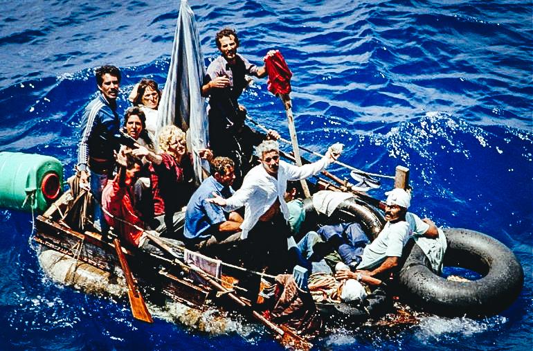 Balseros cubanos llegando a las costas de Florida, una imagen cada vez menos habitual. Los cubanos que llegan son deportados con carácter inmediato. CORTESÍA