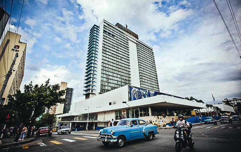Vista del hotel Tryp Habana Libre, operado por la cadena española Meliá en La Habana, Cuba.EFE/ Yander Zamora