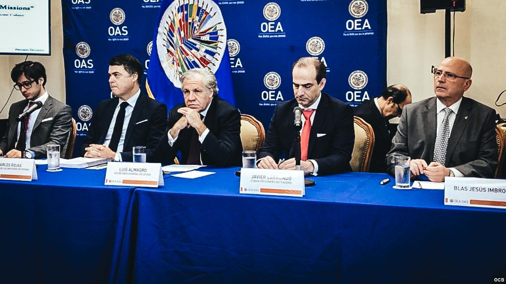 Conferencia de prensa sobre crímenes contra la humanidad en Cuba. Foto Michelle Sagué