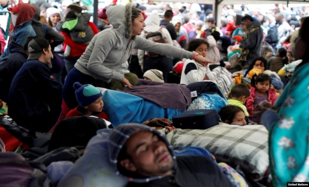 Refugiados venezolanos se desplazan a países latinoamericanos. Foto Acnur