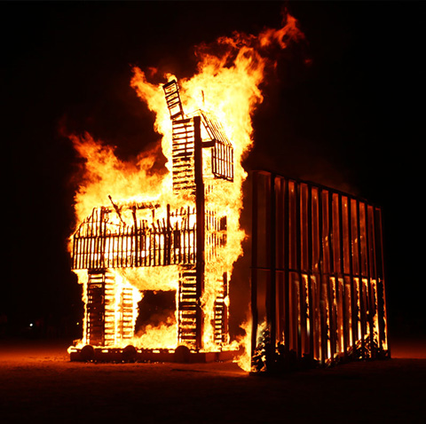 THE WALL / 2019   In the far desert nothing lasts; 'ashes to ashes, dust to dust'. Tom Herck turns the piñata into an iconic Burning Man Festival concept, to lure, attract and enhance creative participation, then to be destroyed but never forgotten. Burning Man's art theme 2019 is metamorphose. The festival is routinely described as transformative…  Read more