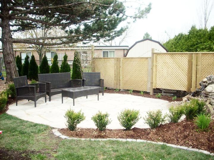 london-ontario-best-landscaper-backyard-patio-03.jpg