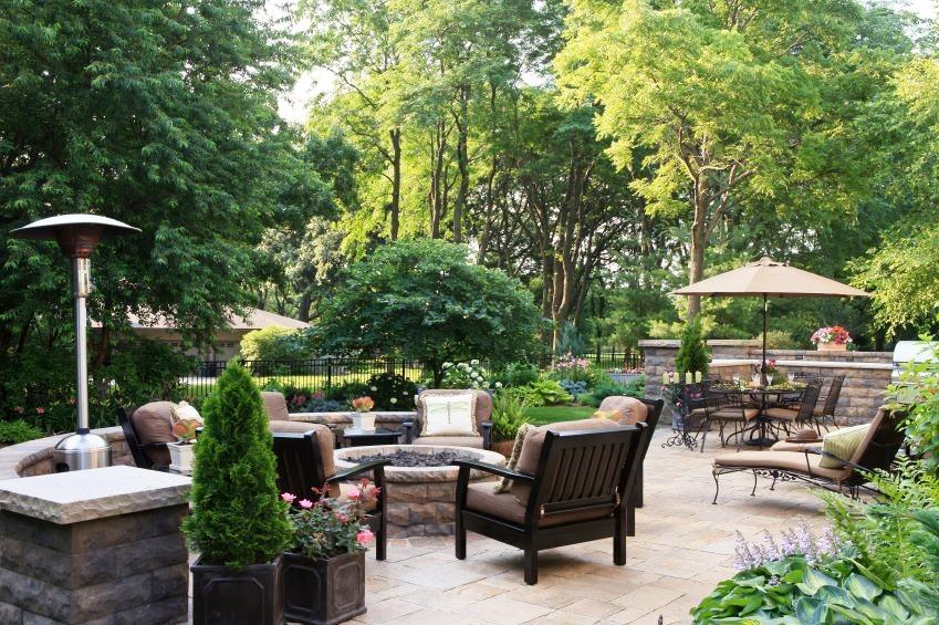 london-ontario-best-landscaper-backyard-patio-04.jpeg