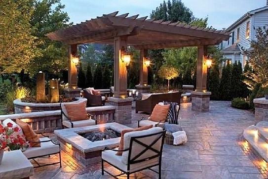london-ontario-best-landscaper-backyard-patio-06.jpg