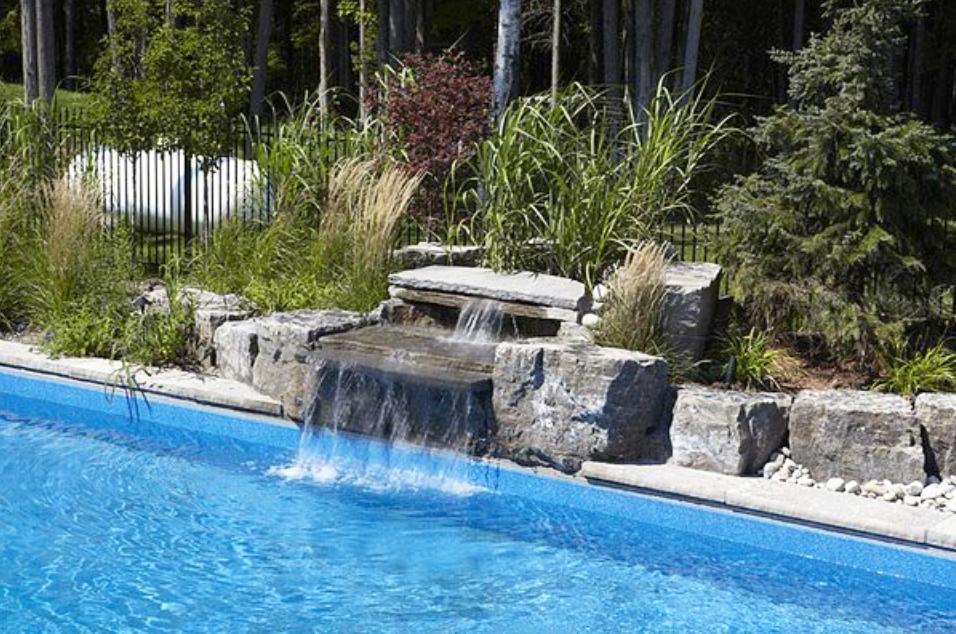 london-ontario-landscaper-pool-pond-design-garden-company-hunter-home-garden-06.png