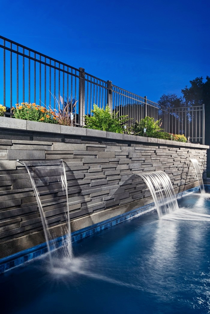 london-ontario-landscaper-pool-pond-design-garden-company-hunter-home-garden-10.jpg
