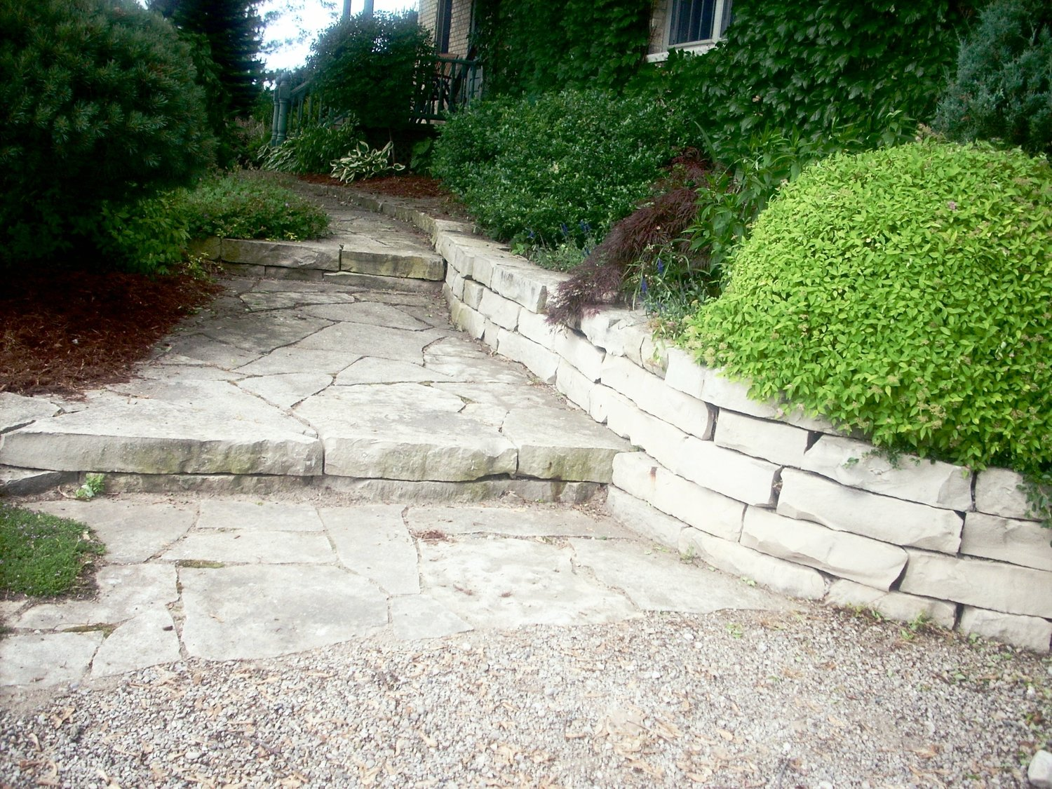 london-ontario-retaining-wall-stone-work-landscaper-19.jpg