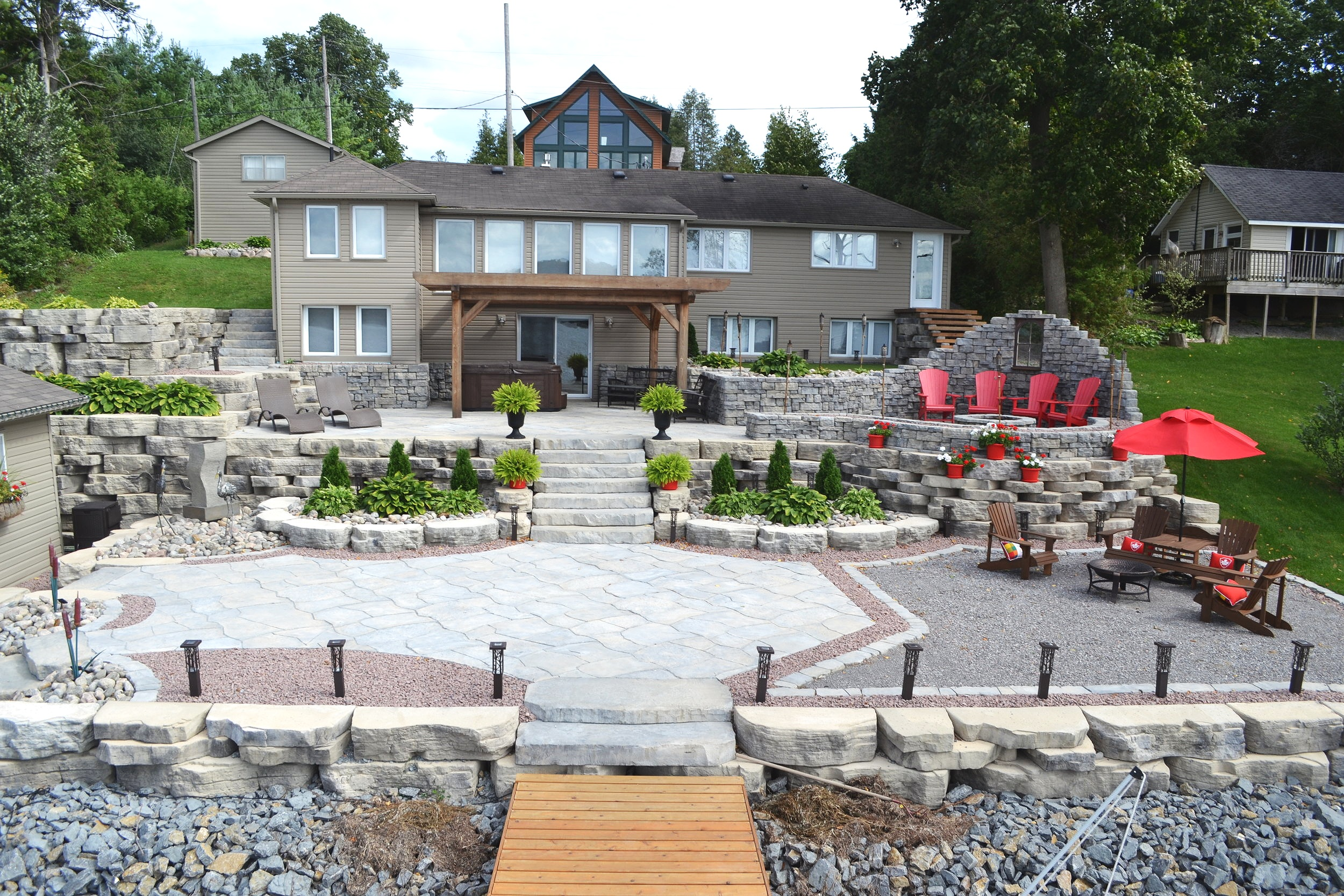 london-ontario-best-landscaper-design-landscaping-patio-driveway-deck-hunter-home-garden-09.JPG