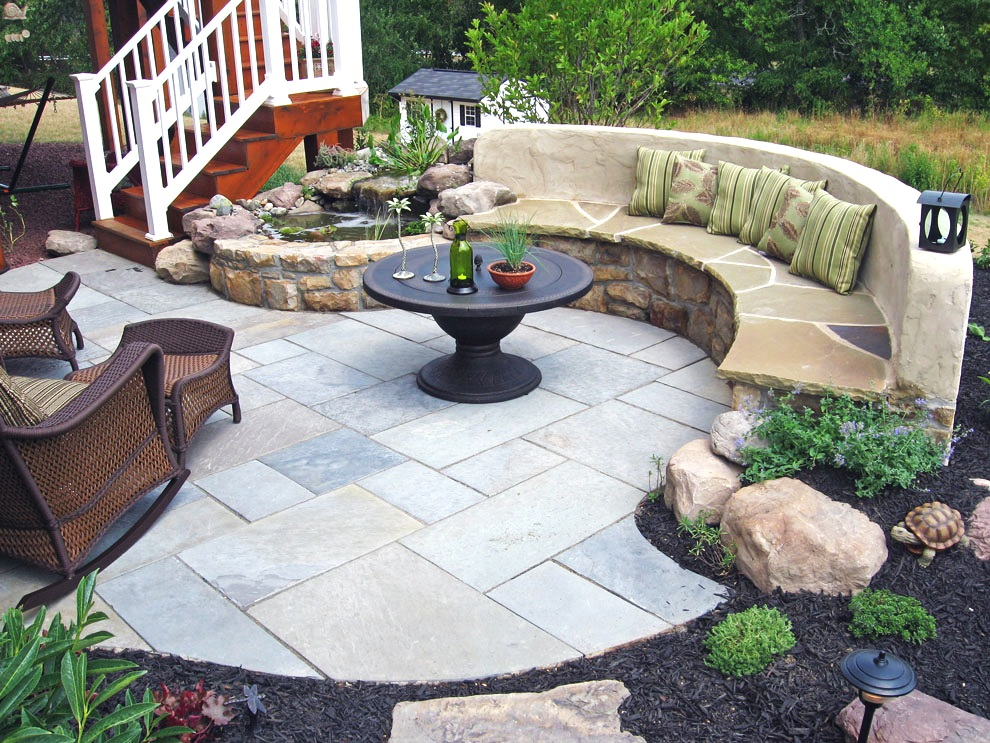 london-ontario-best-landscaper-design-landscaping-patio-driveway-deck-hunter-home-garden-07.jpg