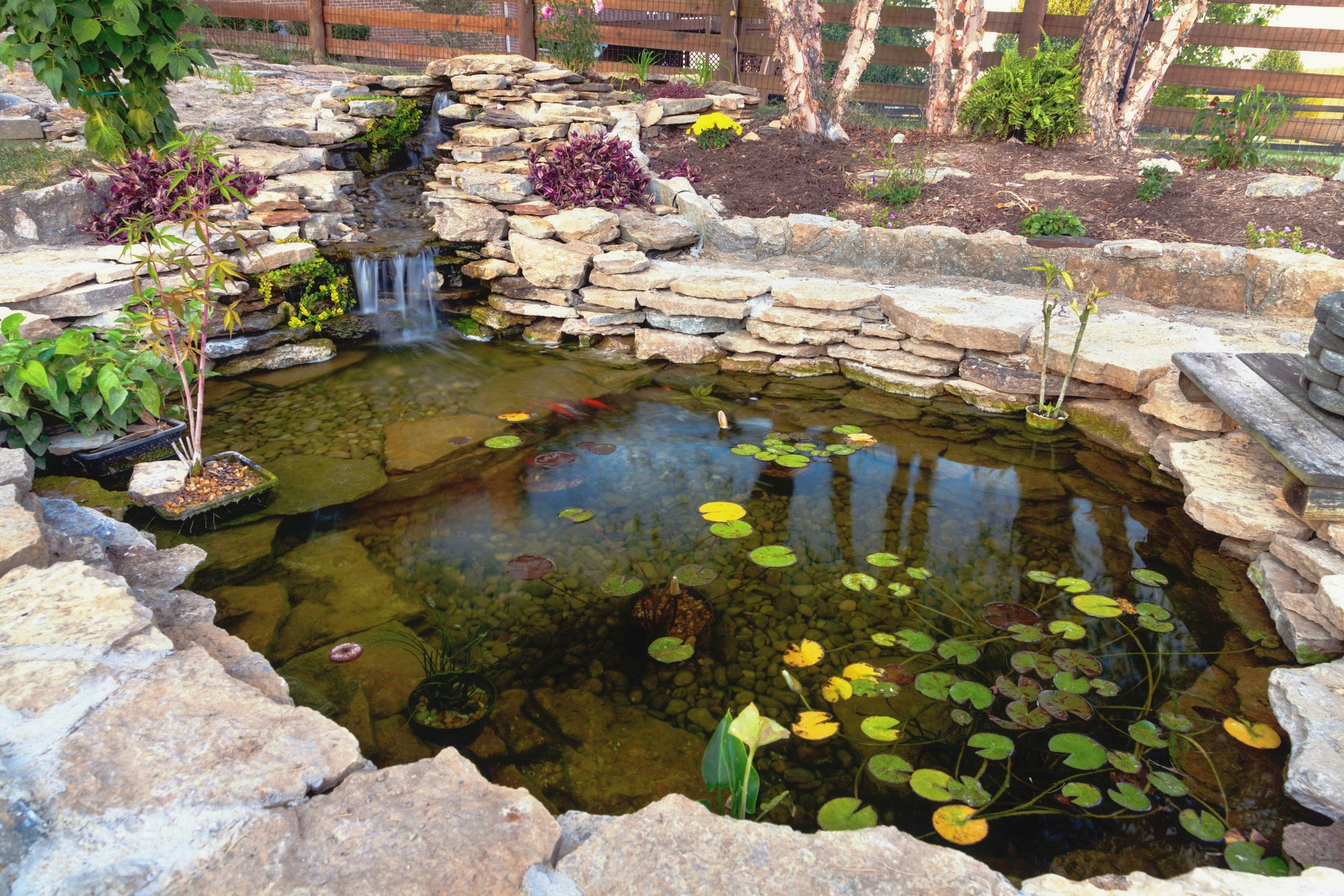 london-ontario-best-landscaper-design-landscaping-patio-driveway-deck-hunter-home-garden-05.jpg
