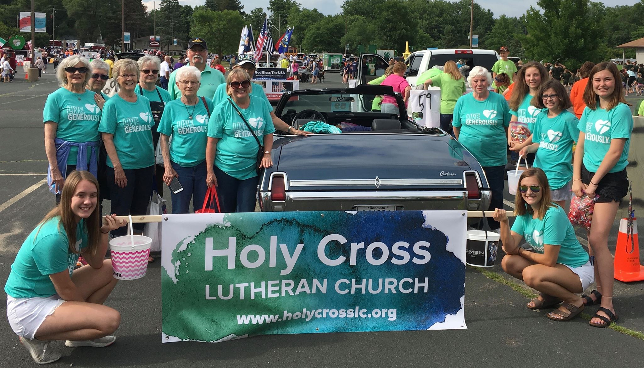 Holy Cross at Oakdale Summerfest Parade. Photo Courtesy of Ann Hagestad.