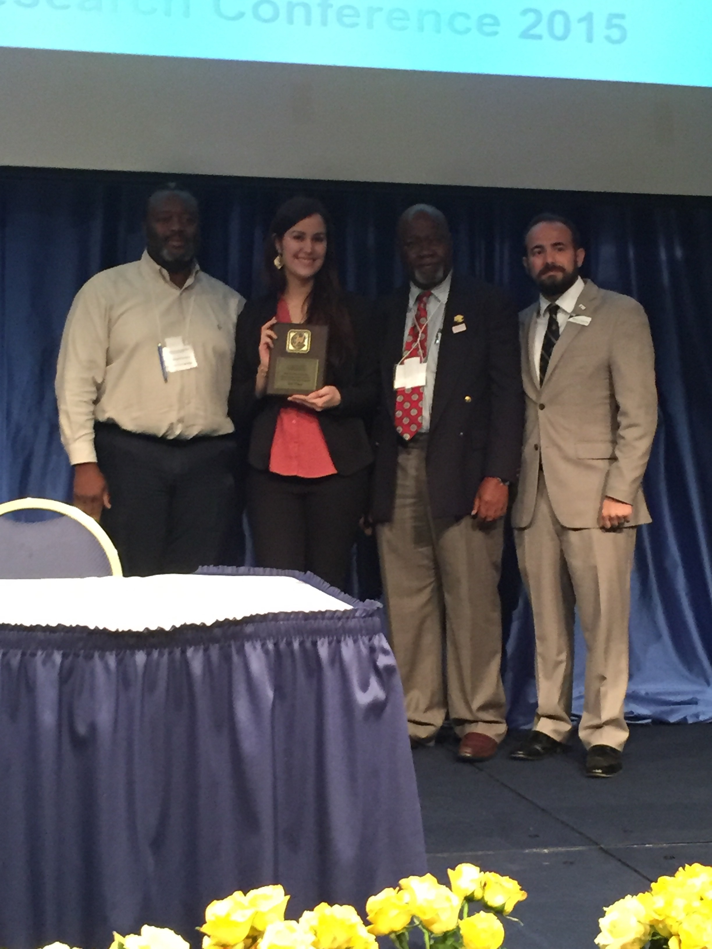 Ileana accepting her award