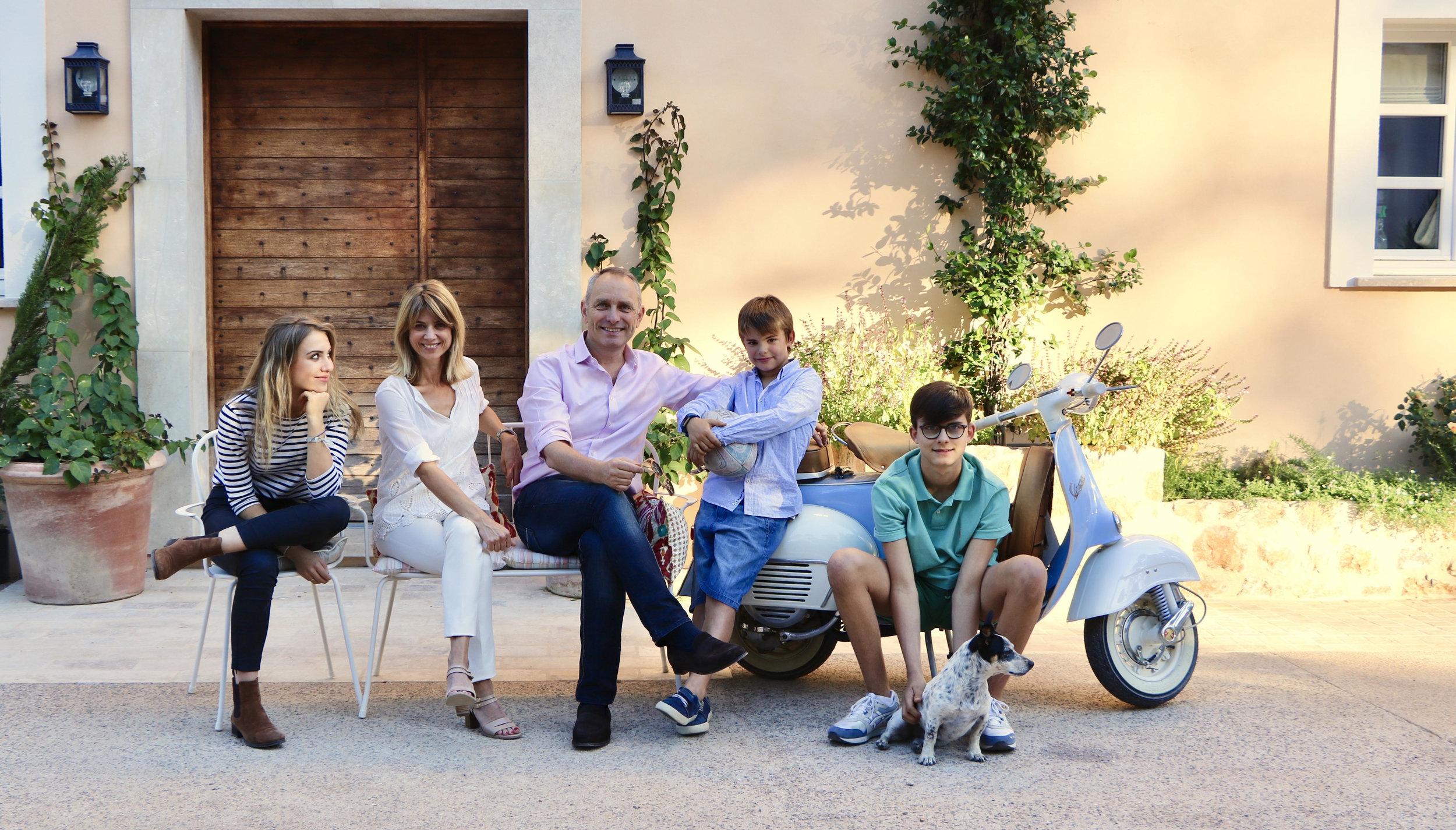 Mirabeau en Provence Cronk family oct17.jpg