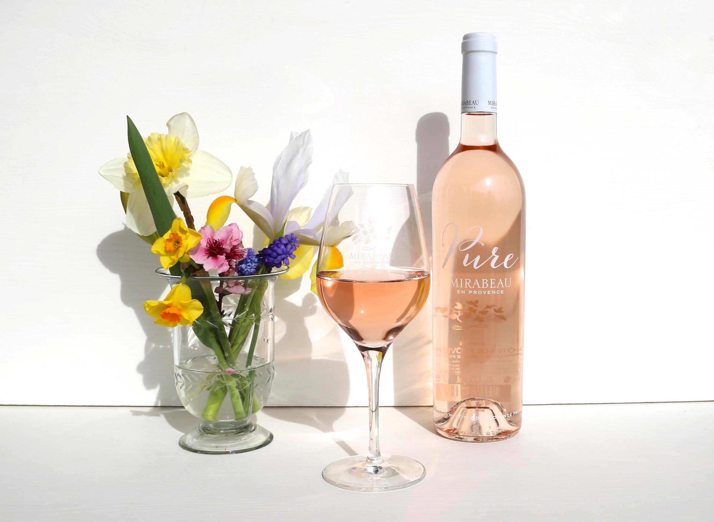 Bottleshot Pure Flowers Easter.JPG