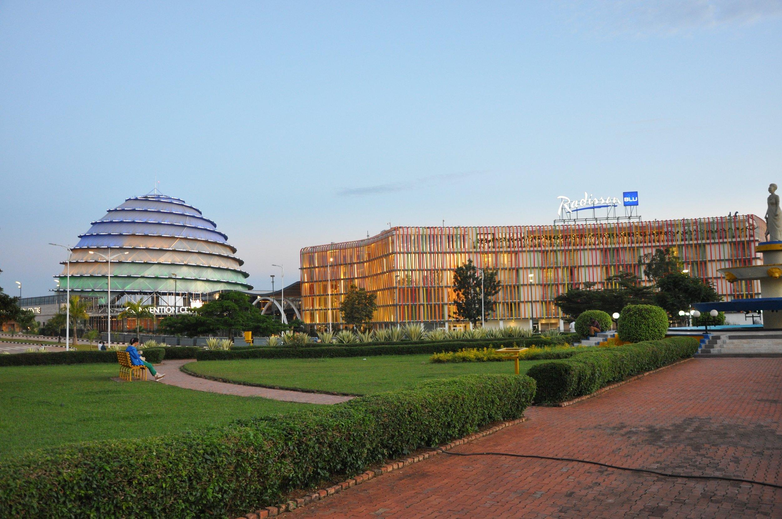 MEMENTO_RWANDA RENAISSANCE_Eric Turpin_8_Centre de convention.jpg