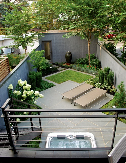 Sectioning off the different zones in this backyard was a great way to make the most out of the small space. They created many eye catching areas all while maintaining a modern look and feel. With a trick of the eye they were even able to create what looks like a larger outdoor area for their backyard.   Image as seen on botdec.com