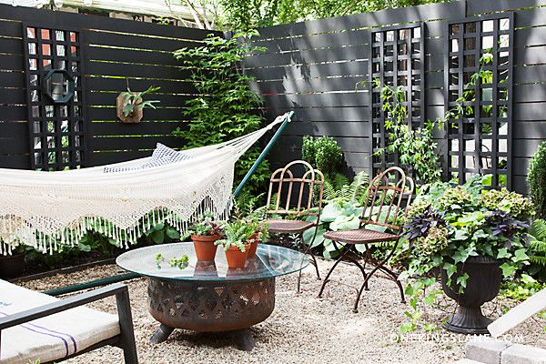 This beautiful backyard encompasses the use of decorative fencing, easily arrangeable furniture and a lovely garden. All of these elements individually make for an elegant backyard, but when used together they create perfect harmony and a lasting impression. Image as seen on onekingslane.com