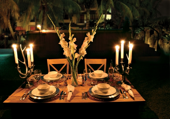 table with centerpiece.jpg