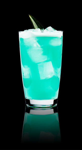 Electric Shark - Named for its beautiful blue appearance and spiced rum bite, this drink will definitely spice up your soiree! Click the image for the recipe.