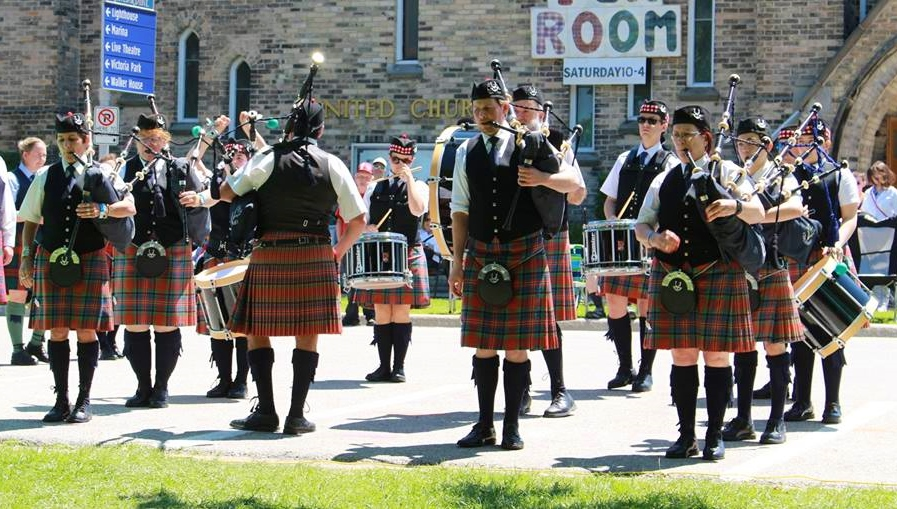 Ready to march into the competition circle - Kincardine Highland Games