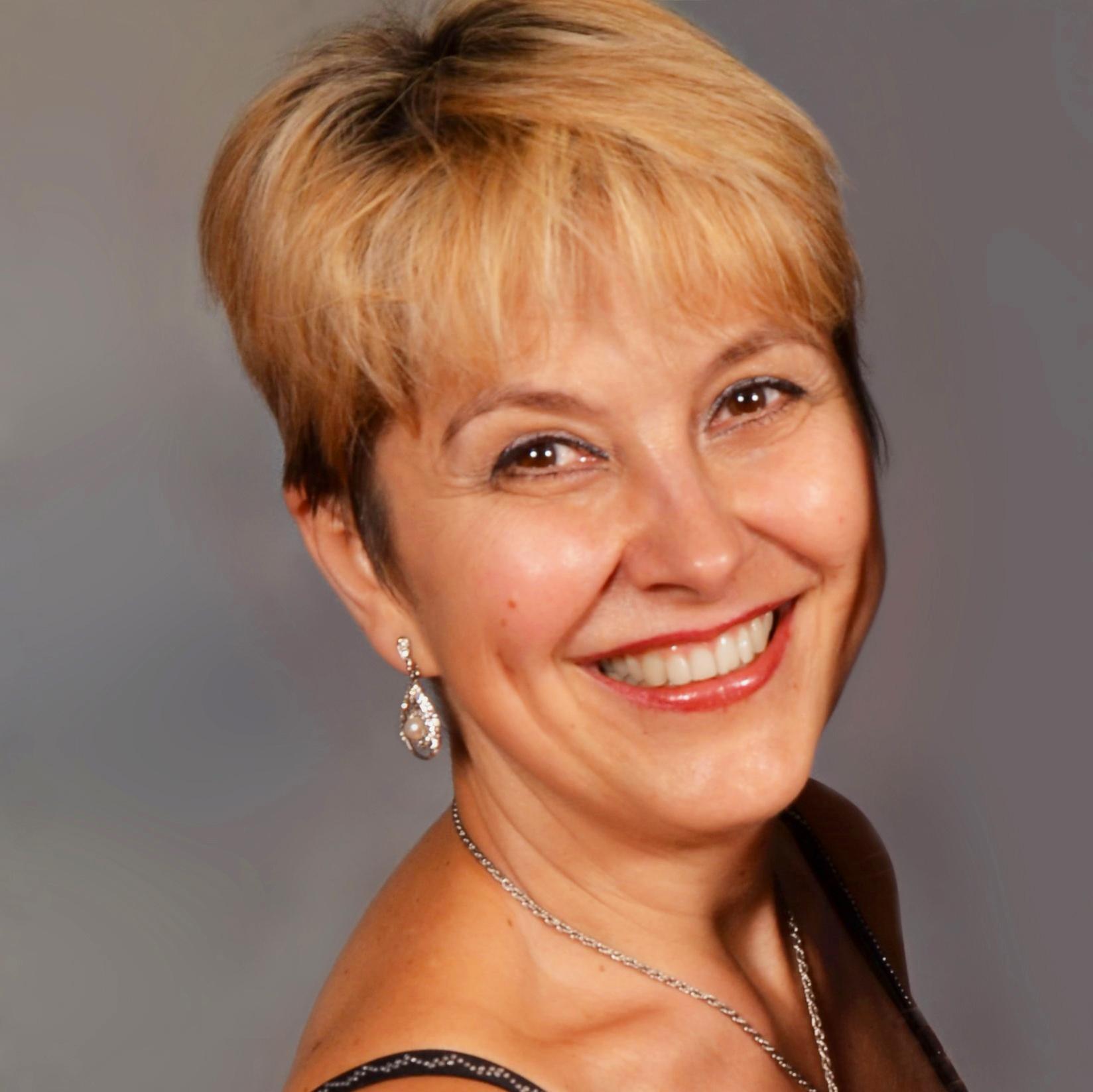 Irina Nikitina Violin Viola Russian Ukrainian Federal Way School of Music Instructor Bio Lessons