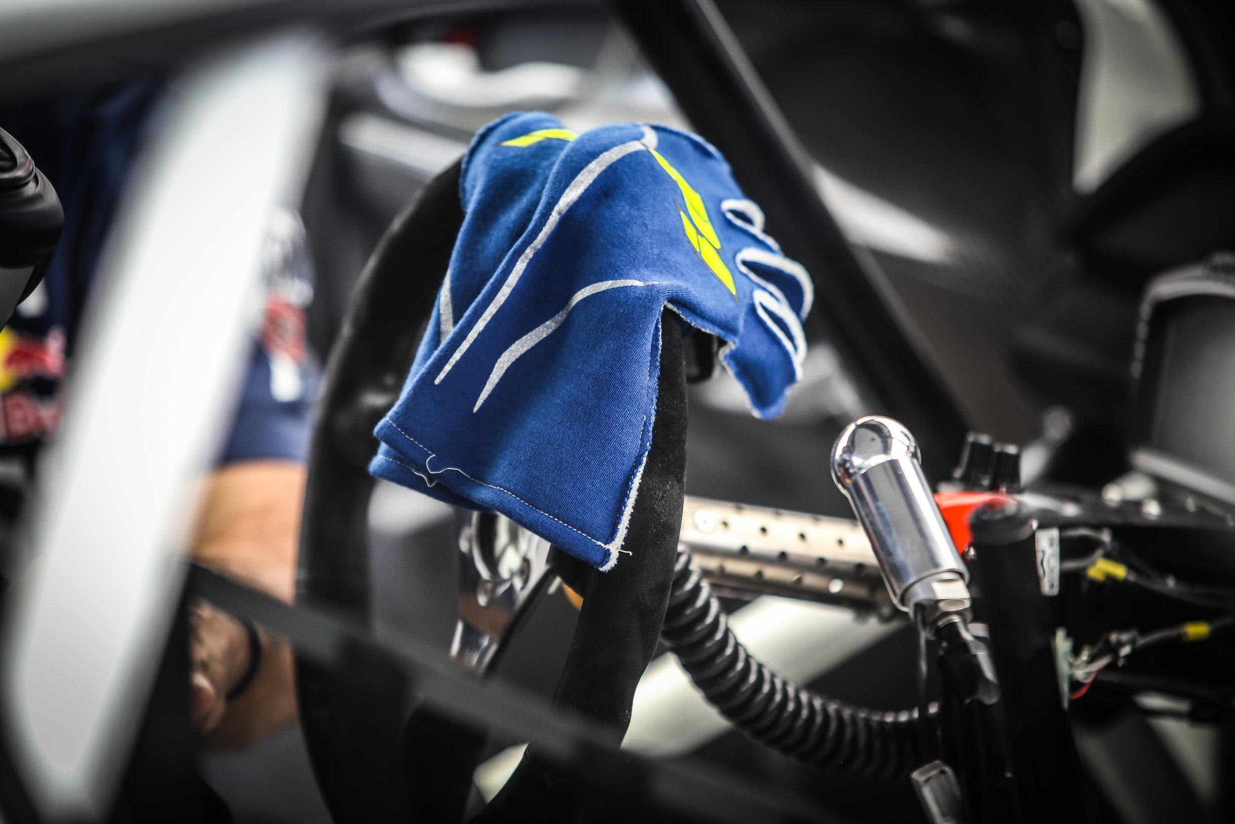 IMG_0066-3 Gloves on Steering Wheel.jpg