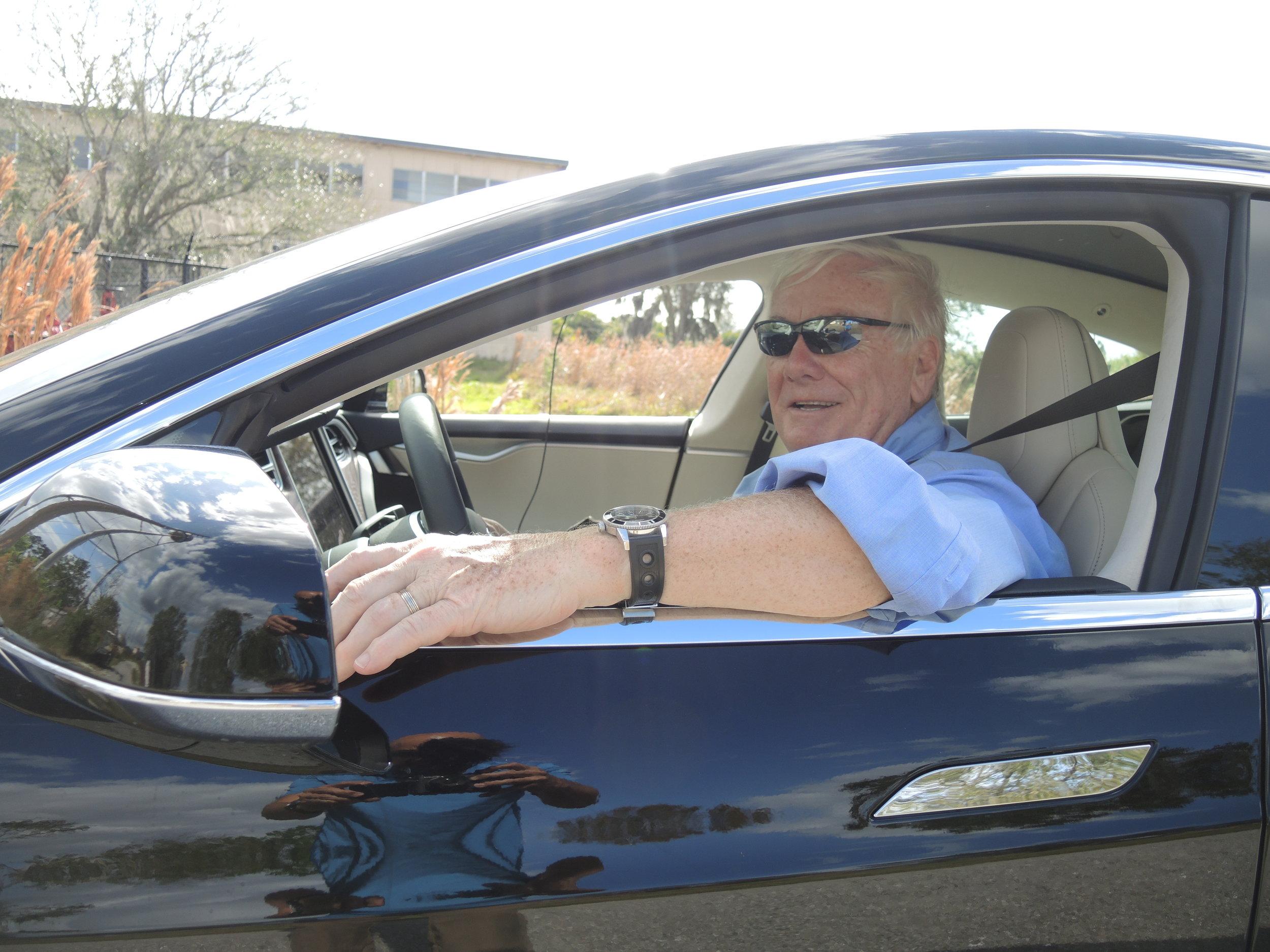 Tire Session DSCN2464 Tesla - Mike.JPG