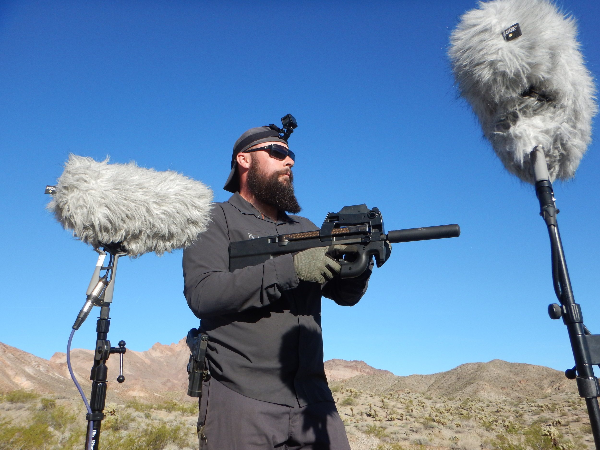 Weapon DSCN1960 P90 Suppressed - Daniel.JPG