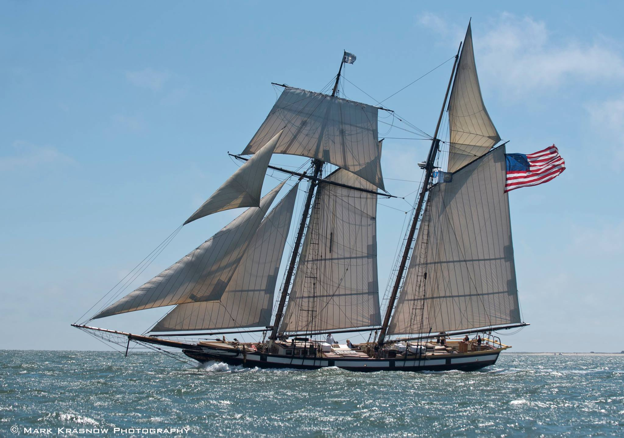 TALL SHIP   LYNX   (1812 REPLICA SAILING SHIP)