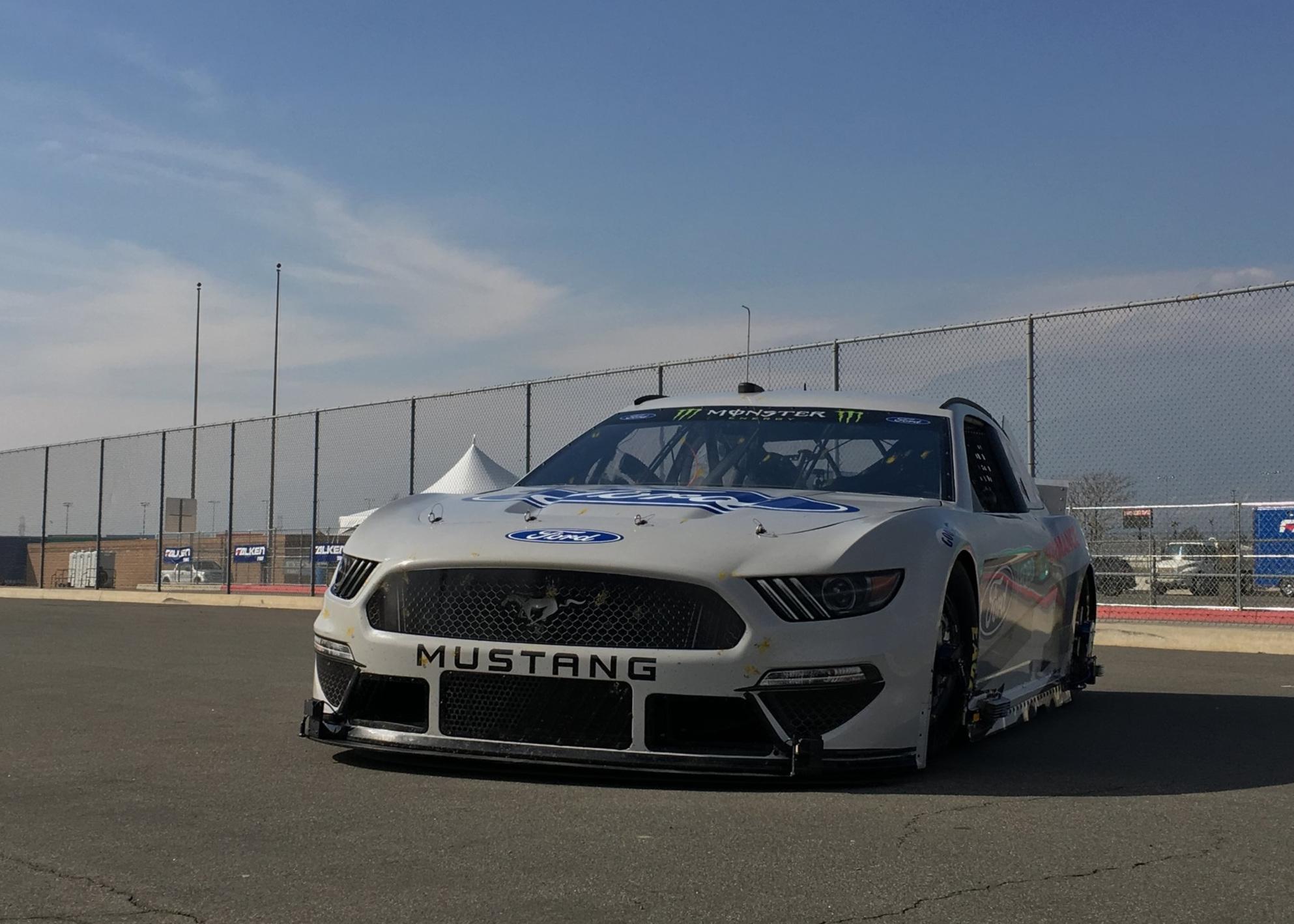 ROUSH FORD MUSTANG NASCAR