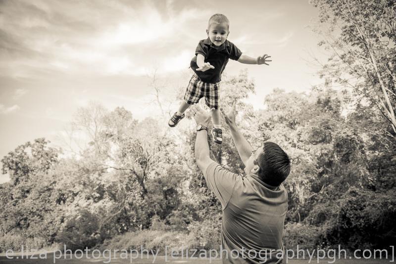 family photography : e.liza photography : elizaphotographypgh@gmail.com