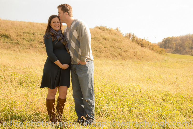 Maternity Pictures : Pittsburgh : e.liza photography : www.elizaphotographypgh.com