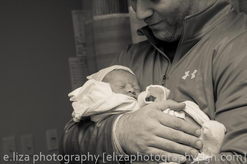 Birth Photography :: Pittsburgh :: e.liza photography :: www.elizaphotographypgh.com
