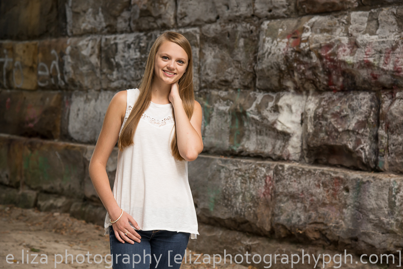 Senior Pictures :: Pittsburgh :: e.liza photography :: www.elizaphotographypgh.com