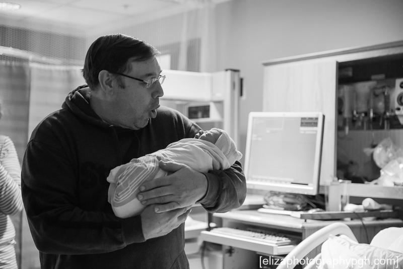 Newborn Photos : Pittsburgh : www.elizaphotographypgh.com