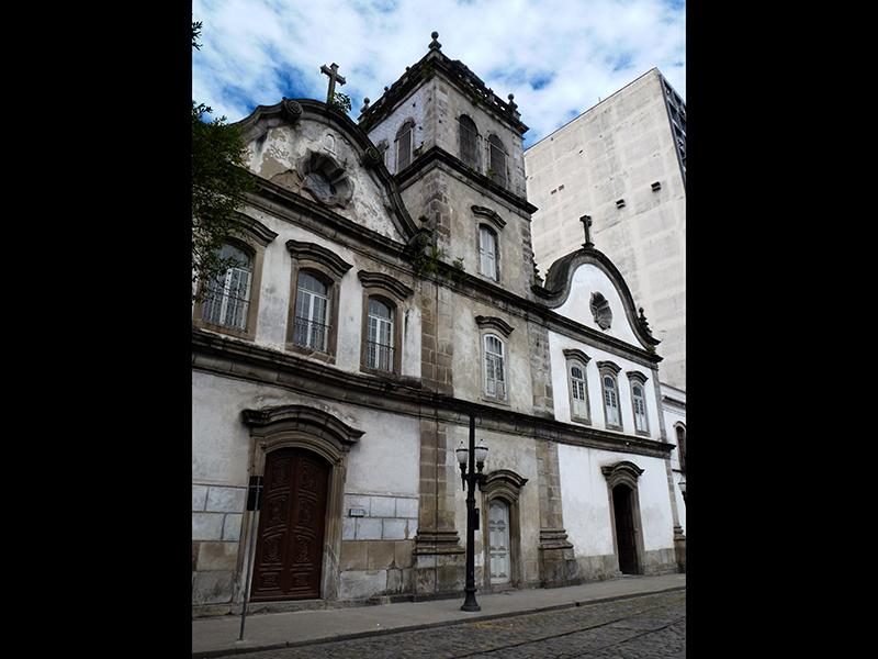 Complementos Arquitetônicos: Igrejas Coloniais