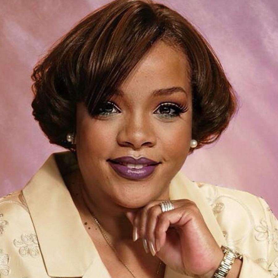 CMas Eve - Rihanna.jpg