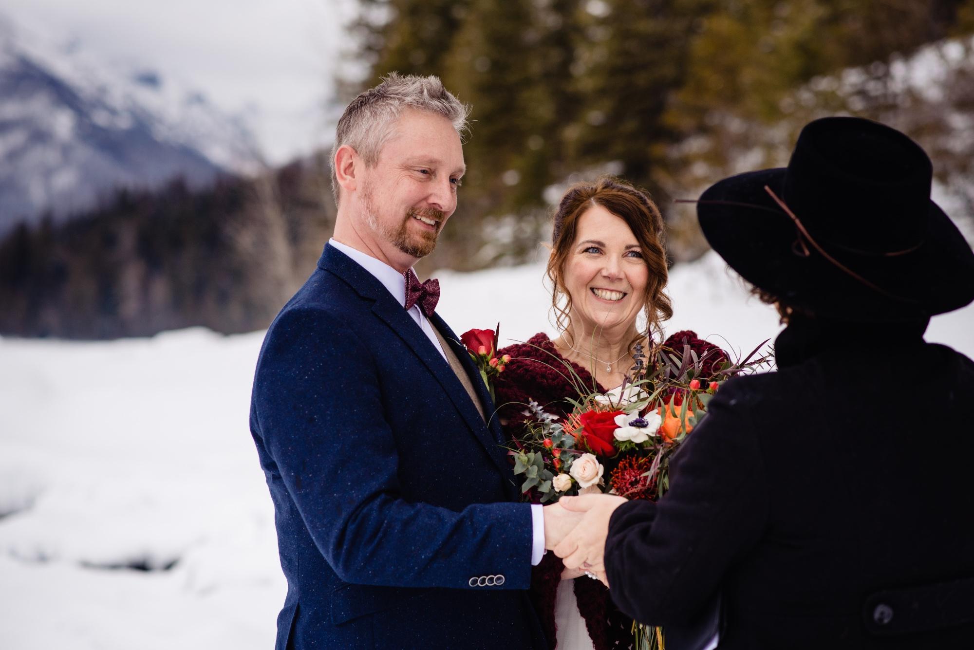 lindseyjanephotography_elopement028.jpg