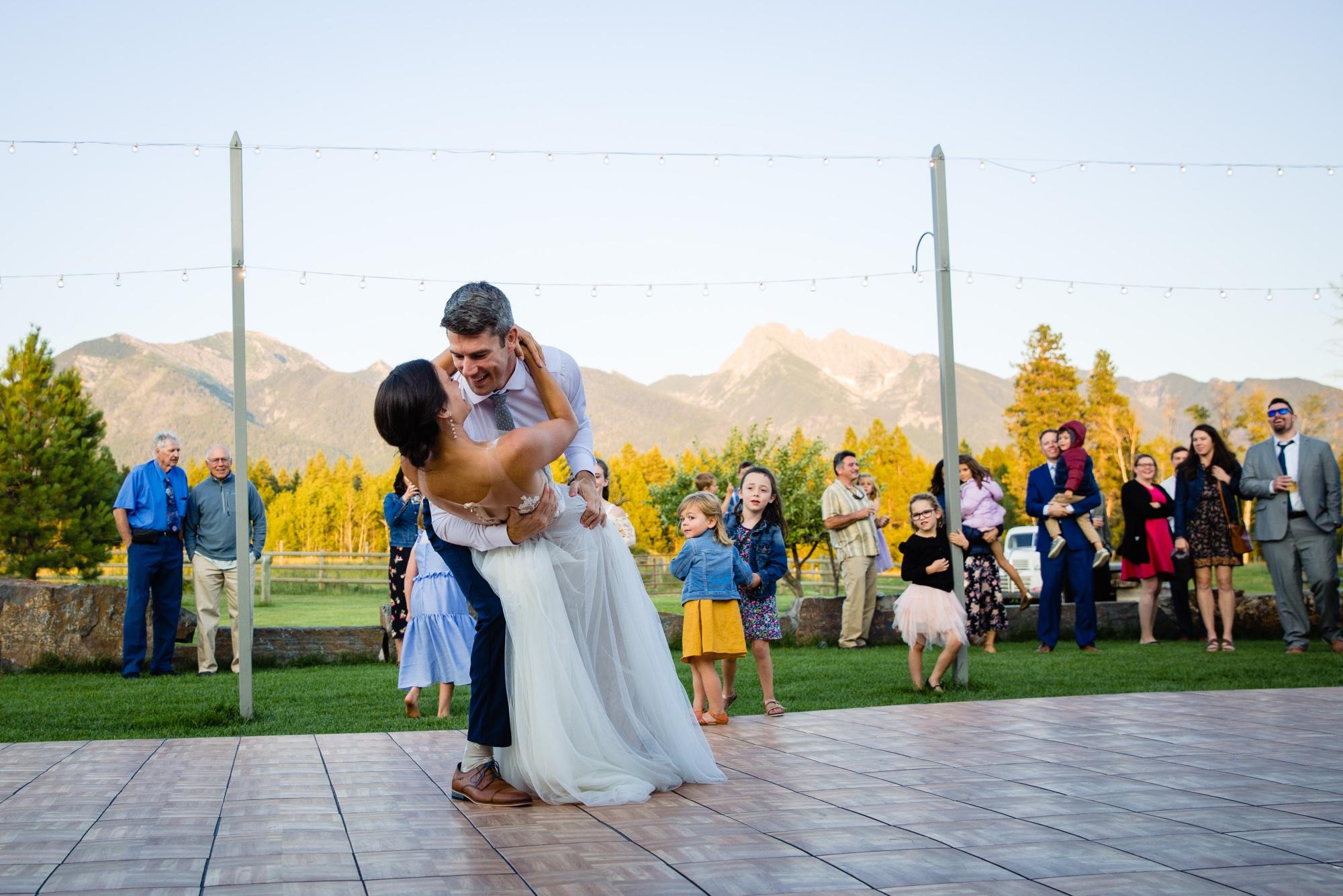 lindseyjane_weddings0137.jpg
