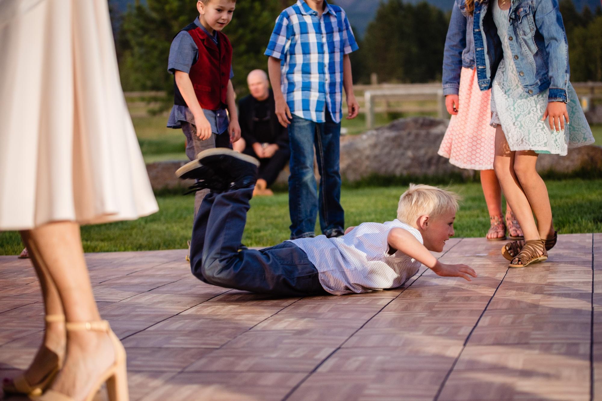 lindseyjane_weddings0155.jpg