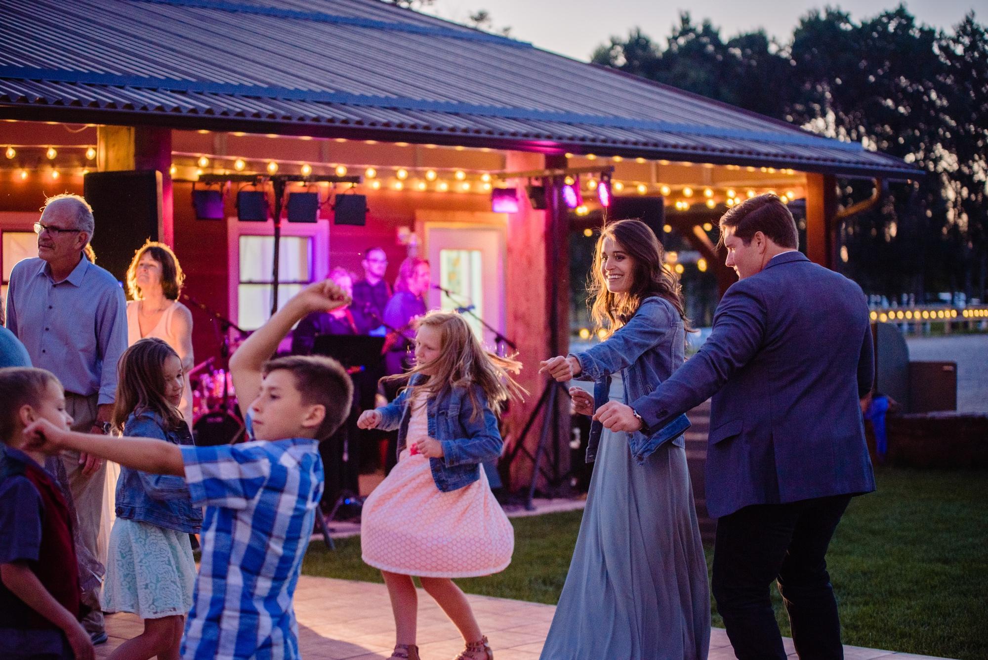 lindseyjane_weddings0162.jpg
