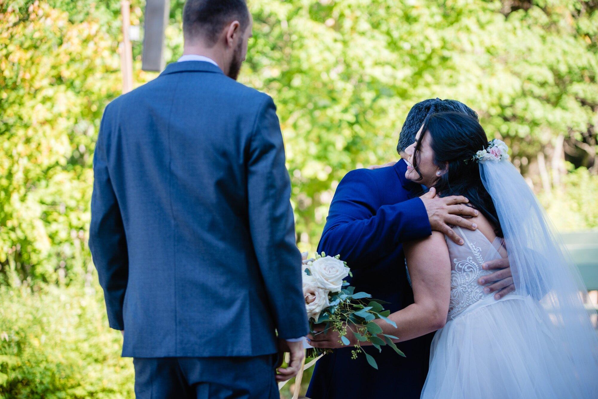 lindseyjanephoto_elopement0015.jpg